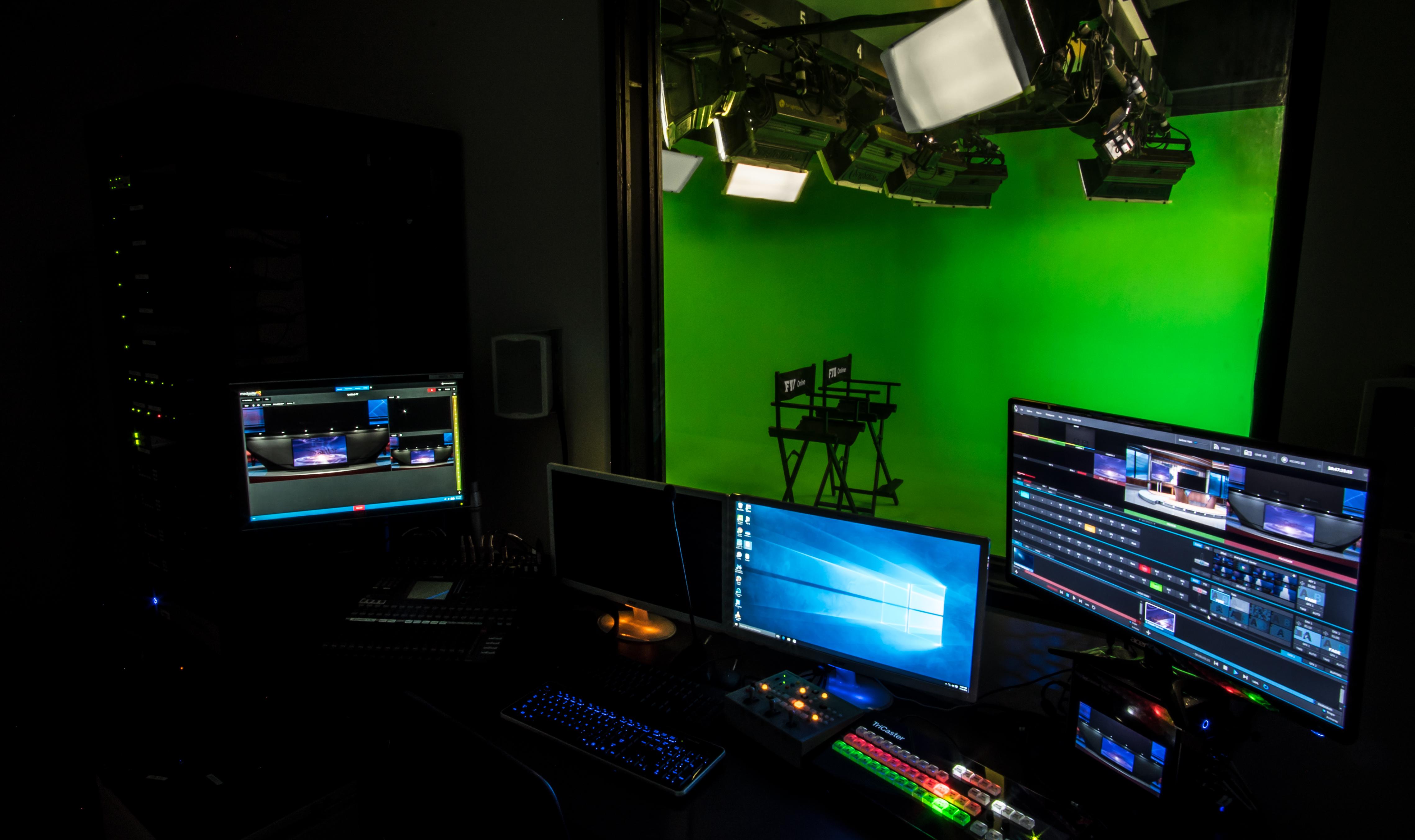 control-room01
