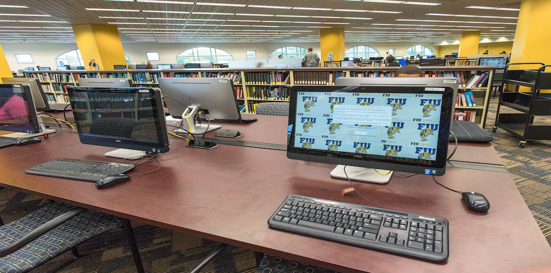 Computers at FIU Library